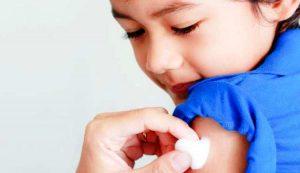البدء في توزيع لقاحات الأطفال